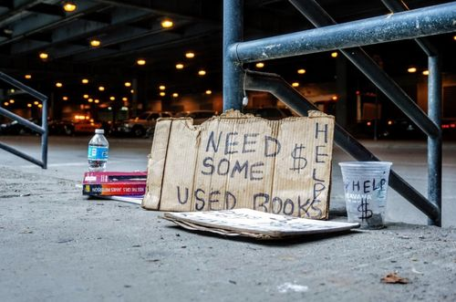 10 Tips to Survive the Broke College Student Life