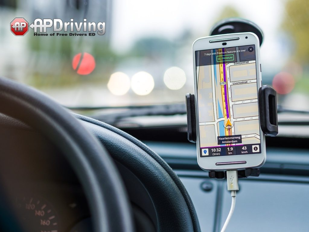 Top 5 Safe Driving Apps To Use
